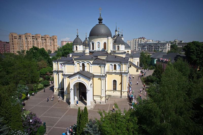 мадридский москва покровский женский монастырь на картинках настоящий